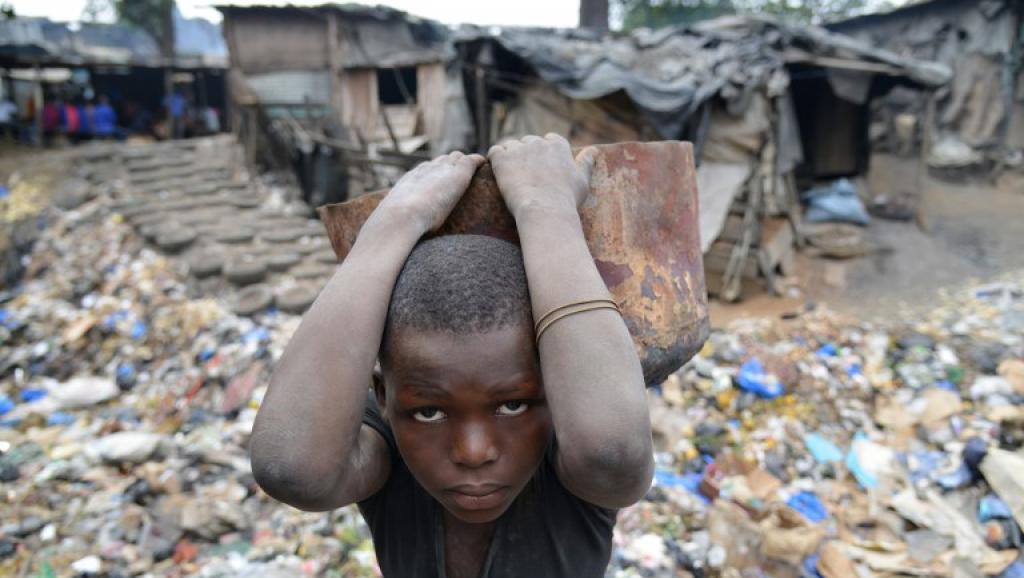 Un enfant ivoirien à Abidjan, le 29 juillet 2015. © ISSOUF SANOGO / AFP
