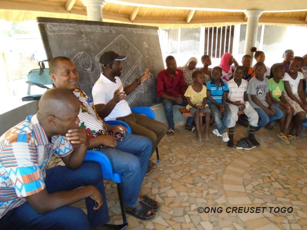 Creuset Togo organise une sensibilisation sur la maladie  à coronavirus -COVID-19