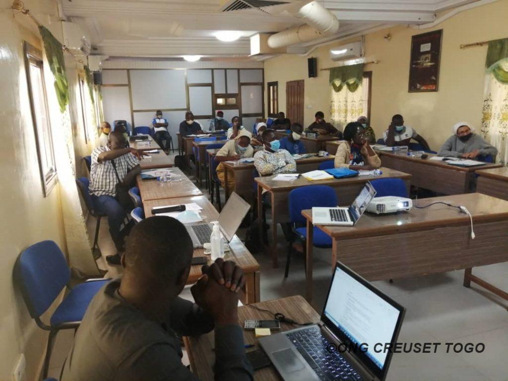 Renforcement des capacités des centres d'accueil des enfants sur la gestion administrative et financière  et sur les Activités Génératrices de Revenus